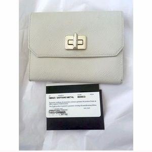 Prada Saffiano White With Silver Metal Wallet